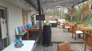 Deck Beach Lounge (3)