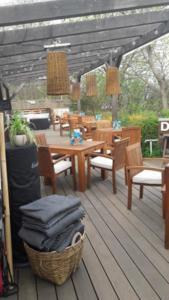 Deck Beach Lounge (7)